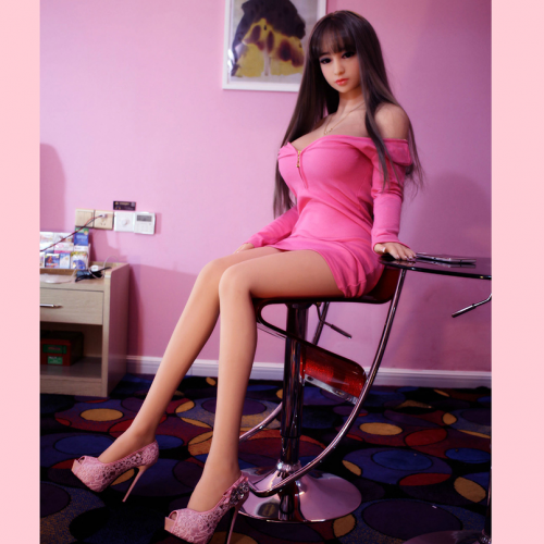 video-seksa-s-real-doll