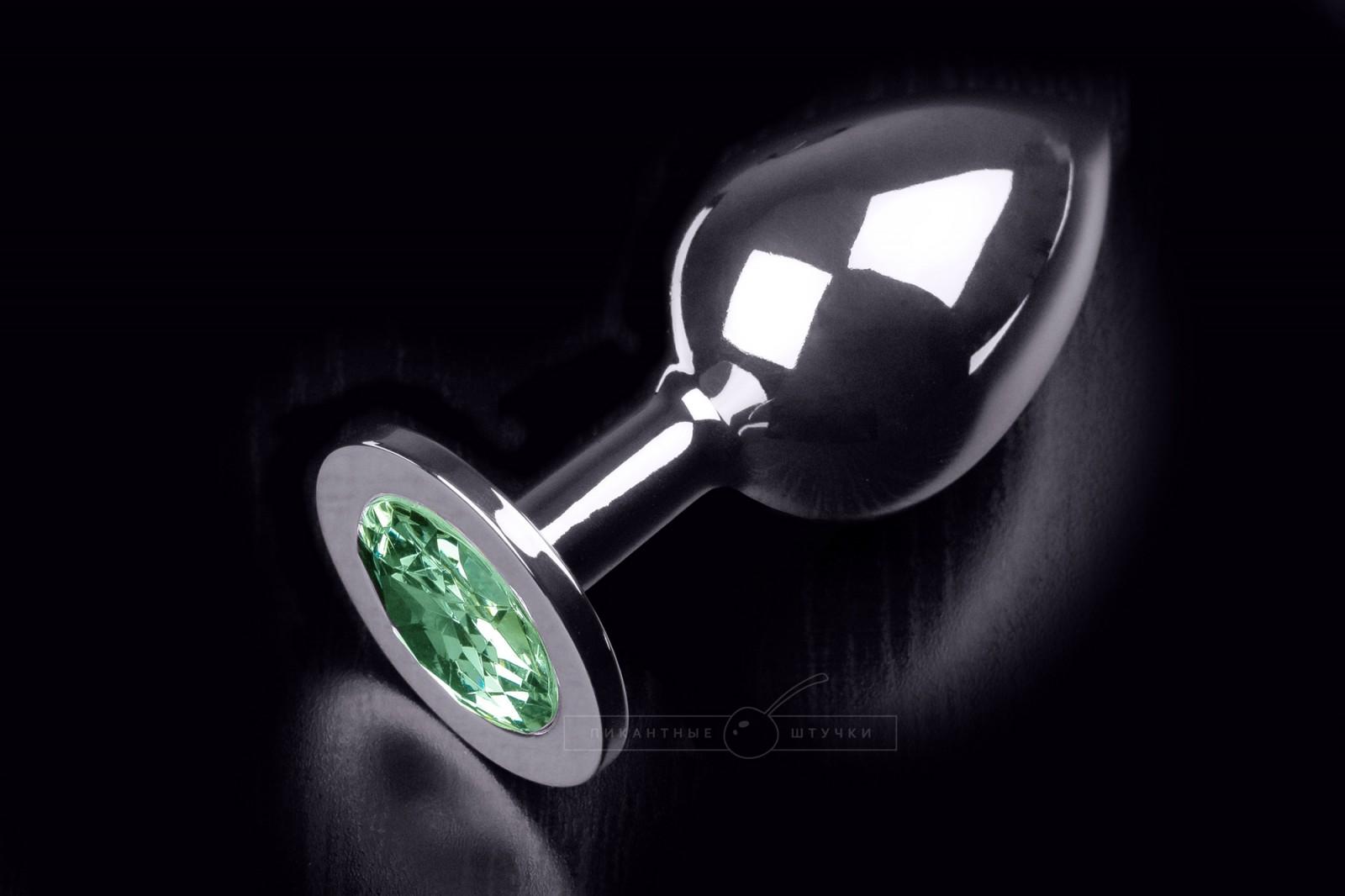 Большая серебристая анальная пробка с кристаллом, зеленый