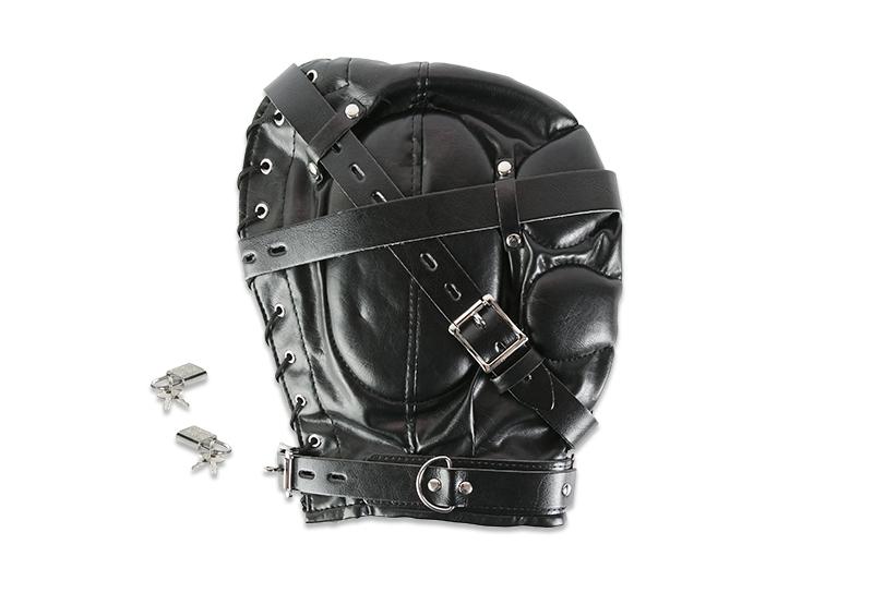 Закрытый кожаный шлем