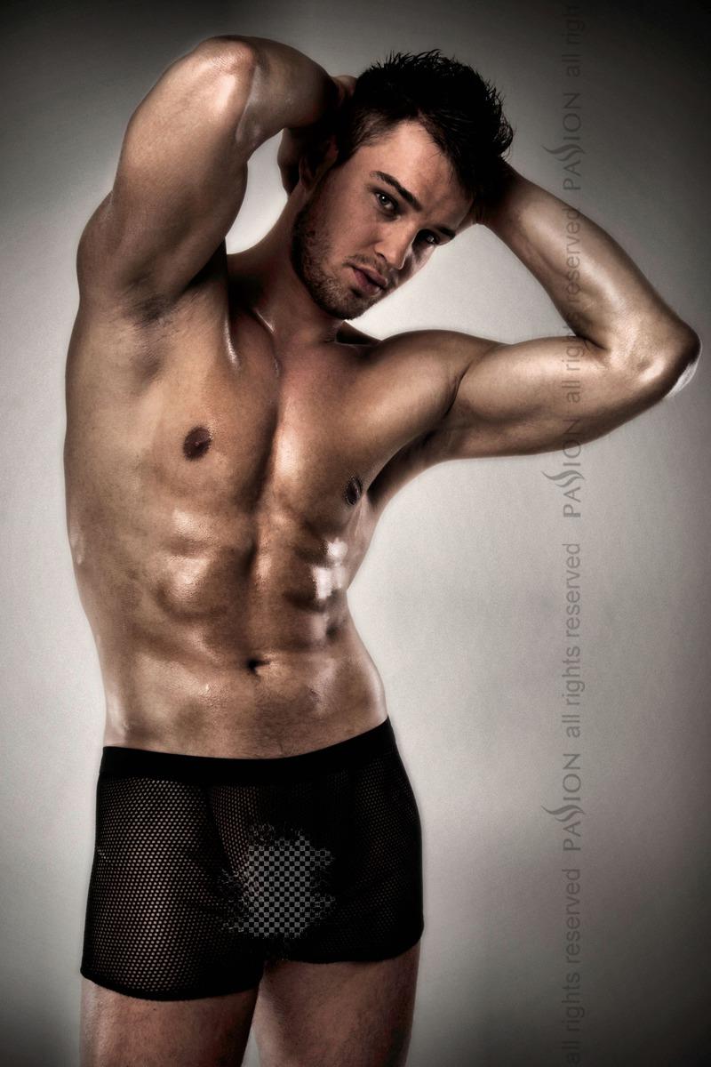 Шикарные мужские шортики Passion 004 SHORT, черные, L/XL