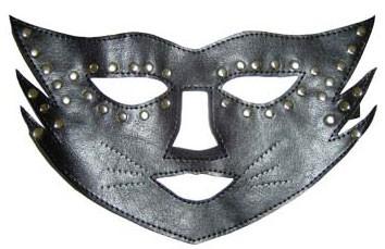 Черная кожаная маска-кошка